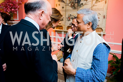 James Woolsey, Mohamed Yunus, photographer Joseph Allen
