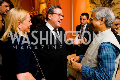 Ellen and Gilles Noghes, Mohamed Yunus, photographer Joseph Allen