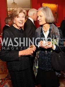 Joy Dunkerley, Melanie DuBois