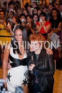 Alicia Keys, Teresa Augello. White House Correspondents Dinner Red Carpet 2009. Photos by Jonah Koch.