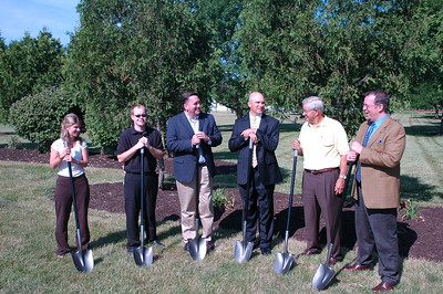 071309_LHI Trail Groundbreaking