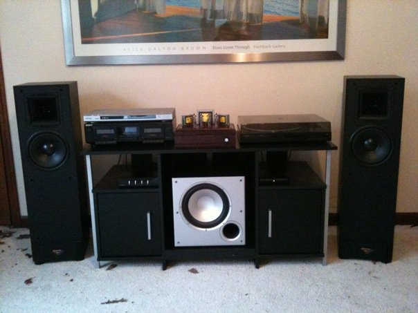 The initial setup, with Klipsch KSF-8.5 speakers and a Polk PSW-10 sub.