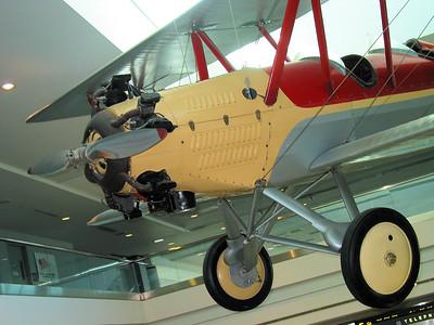 2009-03-CA-Palm-Desert-Denver-Airport-planes