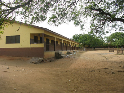 The school in which Stacia teaches