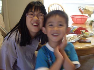 2009-07-19 Kids at amusement park