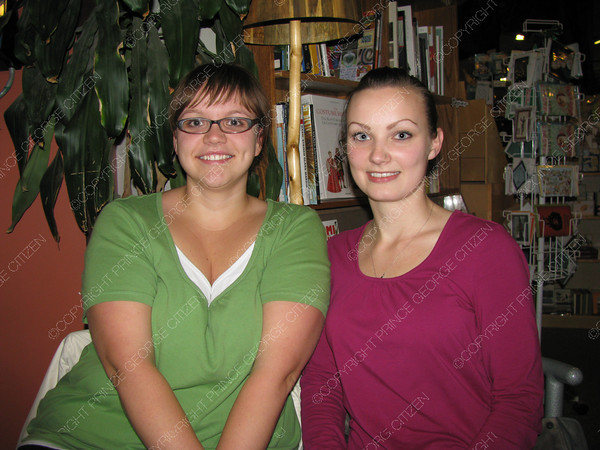 Citizen staff Andrea Jex and Lisa Unger are two members of Nove Voce choir who will be performing Saturday at Our Saviours Lutheran Church.