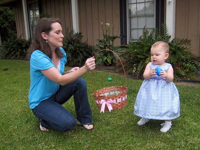 """Anna """"found"""" an egg!"""