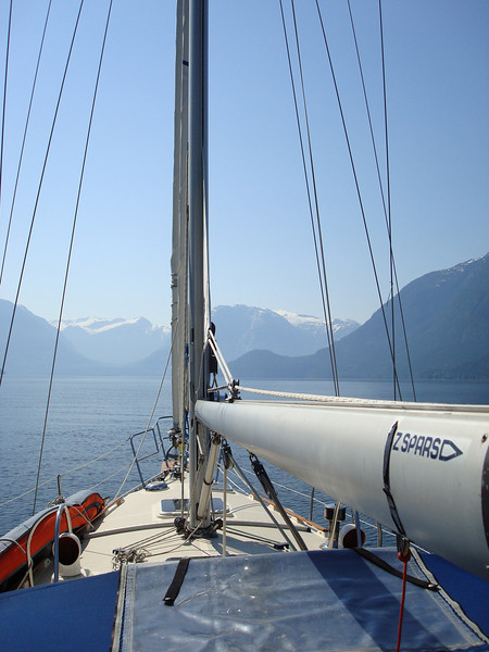 heading back down Jervis Inlet