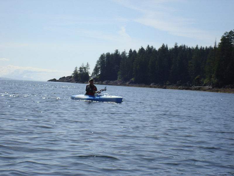 Kelly from s/v Happy Camper paddling outside of Columbia Cove