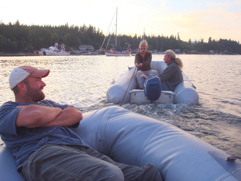 as we were too lazy to put our outboard engine on, Scottie was good enough to tow us back from the bar