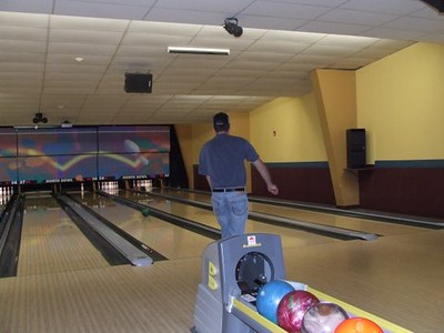 3-29 Bowling