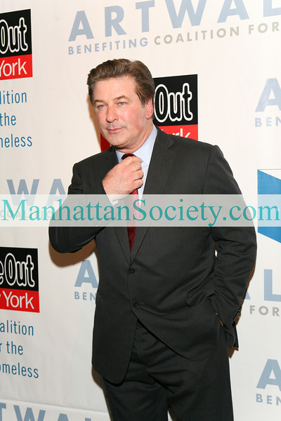 NEW YORK-NOVEMBER 17:  Alec Baldwin attends ARTWALK NY 2009 Benefiting Coalition For the Homeless honoring Artist Pat Stier on Tuesday, November 17, 2009 at Skylight Studio, 275 Hudson Street, New York City, NY a (PHOTO CREDIT:Copyright ©Manhattan Society.com 2009 by Karen Zieff)