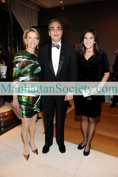 "NEW YORK-DECEMBER 2: Diana Quasha, Warren B. Scharf, Rachel Neff attend ""Celebrate The Neighborhood"" Benefit for the Lenox Hill Neighborhood House hosted by ASPREY & The Associates Committee of LHNH on Wednesday, December 2, 2009 at Asprey, 853 Madison Avenue, New York City, NY (PHOTO CREDIT:Copyright ©Manhattan Society.com 2009 by Christopher London)"