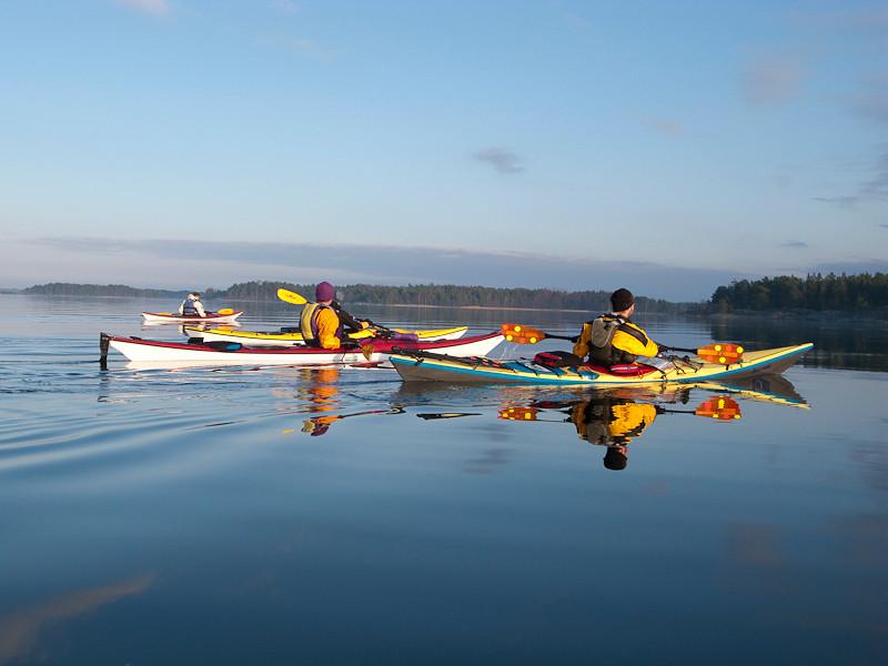 fin paddling