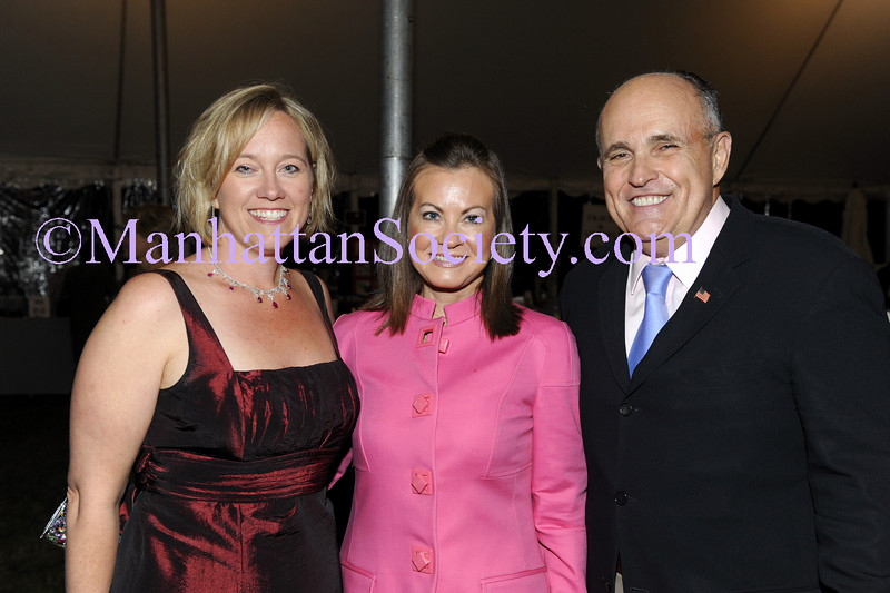 NEW YORK-JUNE 25: Barbara Poliwoda, Judith Giuliani, Rudy Giuliani attend American Heart Association's 13th Annual Heart of the Hamptons Gala in on Saturday, June 20, 2009 at The Hayground School, 151 Mitchells Lane, Bridgehampton, NY (Photo Credit: ManhattanSociety.com by Gregory Partanio) (This photo appeared in Christopher London's Society column in the July 4th Issue of Social Life Magazine)