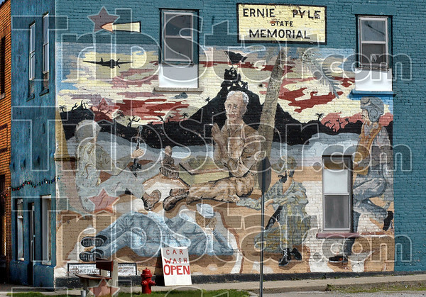 Dana: A mural greets visitors to Dana, Indiana at the north gateway to the town near the Ernie Pyle Museum.