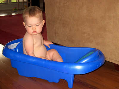 Anna rediscovered her baby bathtub