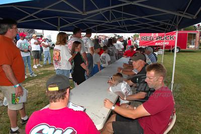 Driver Autograph Session @ Bluegrass Speedway