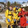 20090108_bridgeport_conn_fd_ice_rescue_training_lake_forest_DP-103
