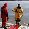 20090108_bridgeport_conn_fd_ice_rescue_training_lake_forest_DP-115