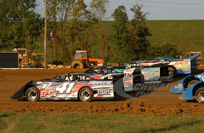 41n Brad Neat, 1 Wayne Chinn, 0 Scott Bloomquist and 14 Steve Godsey and the 4-wide parade lap.