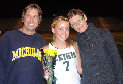 Cassandre's last field hockey game as a senior