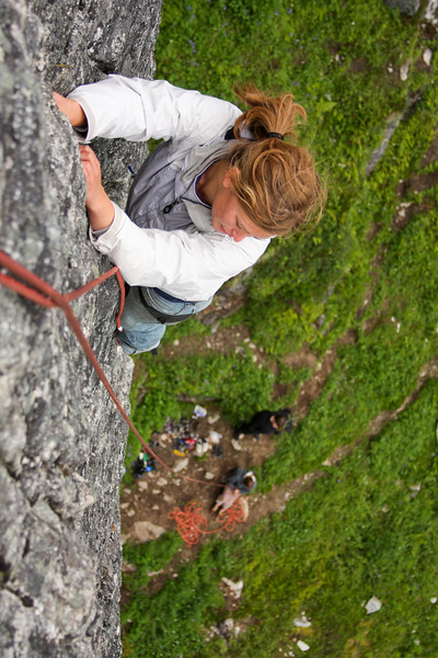 Melissa glances around for hold as she nears the anchors on <i>Toto 5.7</i>.