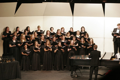 Gardner-Webb Chorus sings at the Festival of Lights