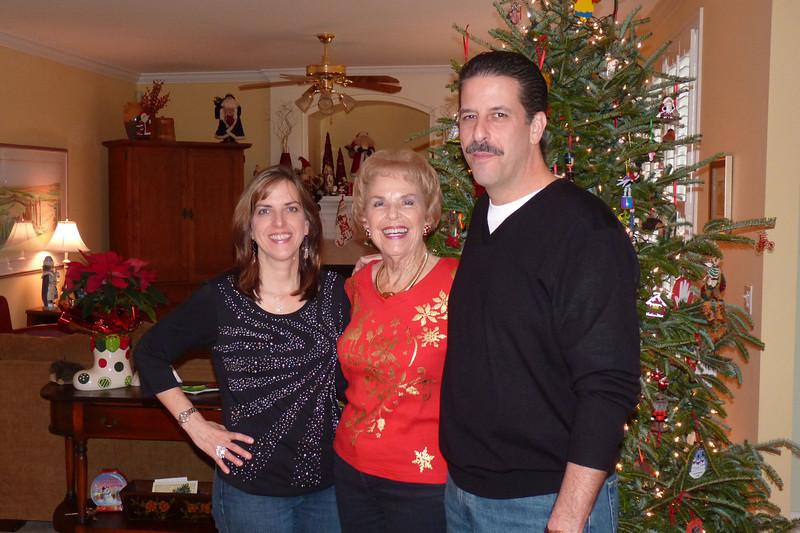 Elizabeth, Nonna, and Jack