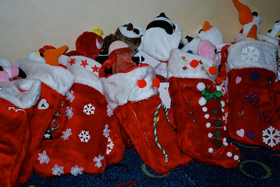Thank you to all the volunteers who decorated the beautiful stockings!
