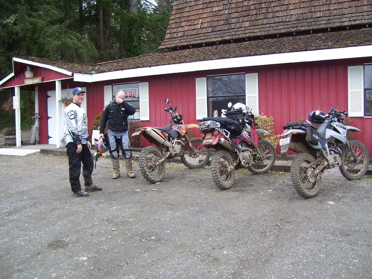 Lunch stop at the Little Red Barn. Marc rode his KLR, door to door, in the freezing weather.