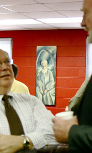 Artist John Rankin donates several pieces of Art for Gardner-Webb to house in February, 2009.