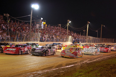 Starting grid going 4-wide at the Sunoco Race Fuels North/South 100 @ Florence Speedway