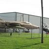 Die alte Thunderbolt - rechts eine alte MIG21 - leider hatten die schon dicht