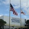Es ist der 11/9/2009 und alle Flaggen sind auf halbmast...