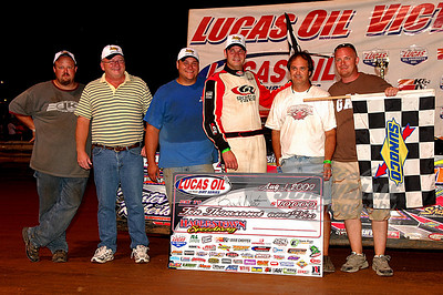 Brad Neat and crew in Victory Lane @ Hagerstown Speedway