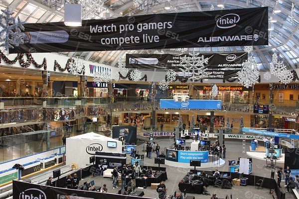 eslphotos_4363430482_Intel Booth in Edmonton, Canada