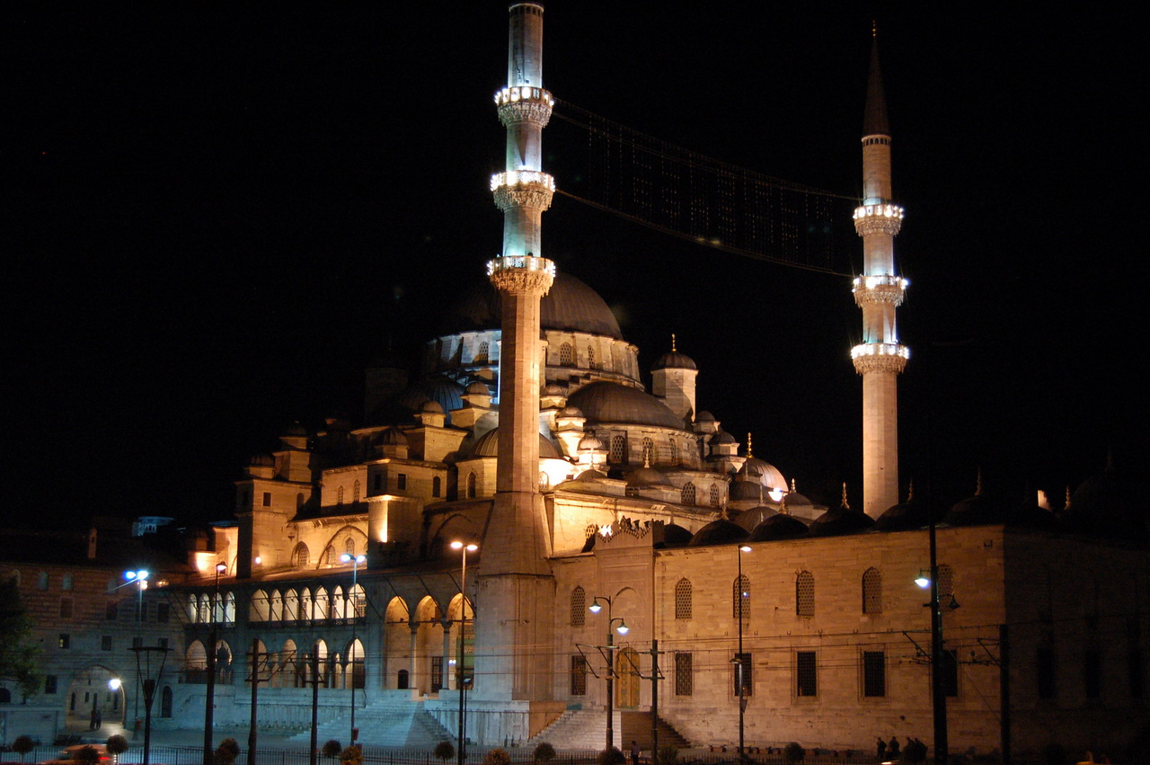 New Mosque by night