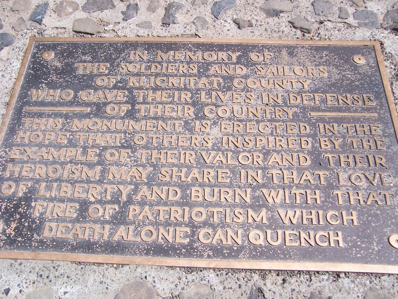 Memorial to WW1 fallen
