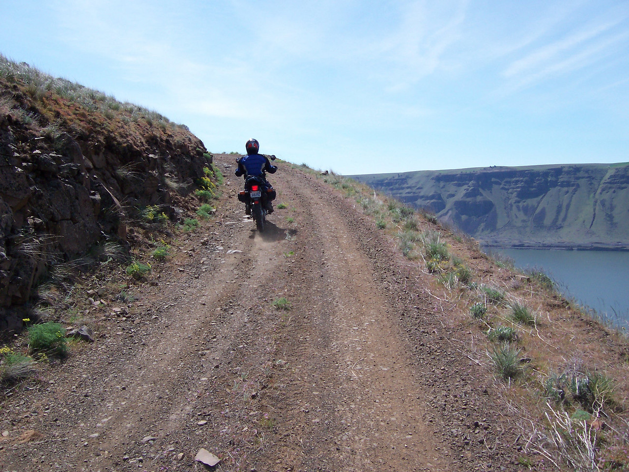 Climbing up out of the Columbia Gorge on the Chamberlain-Goodnoe Rd