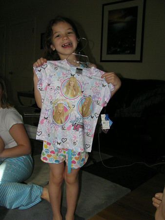 May 16-17, 2009 (HAPPY 7TH BIRTHDAY TO HAILEY. The Yellins celebrate her birthday at home and at a pool party. )