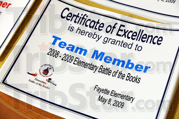 Excellence: Detail photo of certificates for winning team.