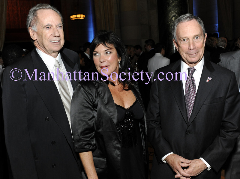 """NEW YORK-OCTOBER 29: George McDonald, Harriet McDonald, Mayor Mike Bloomberg attend  THE DOE FUND's """"What New York Needs"""" Annual Fundraising Gala Celebrating Harriet & George McDonald's 25 Years of Service on Thursday, October 29, 2009 at Cipriani 42nd Street, 110 East 42nd Street, New York City, NY. (Photo Credit: ©Manhattan Society.com 2009 by Christopher London)"""