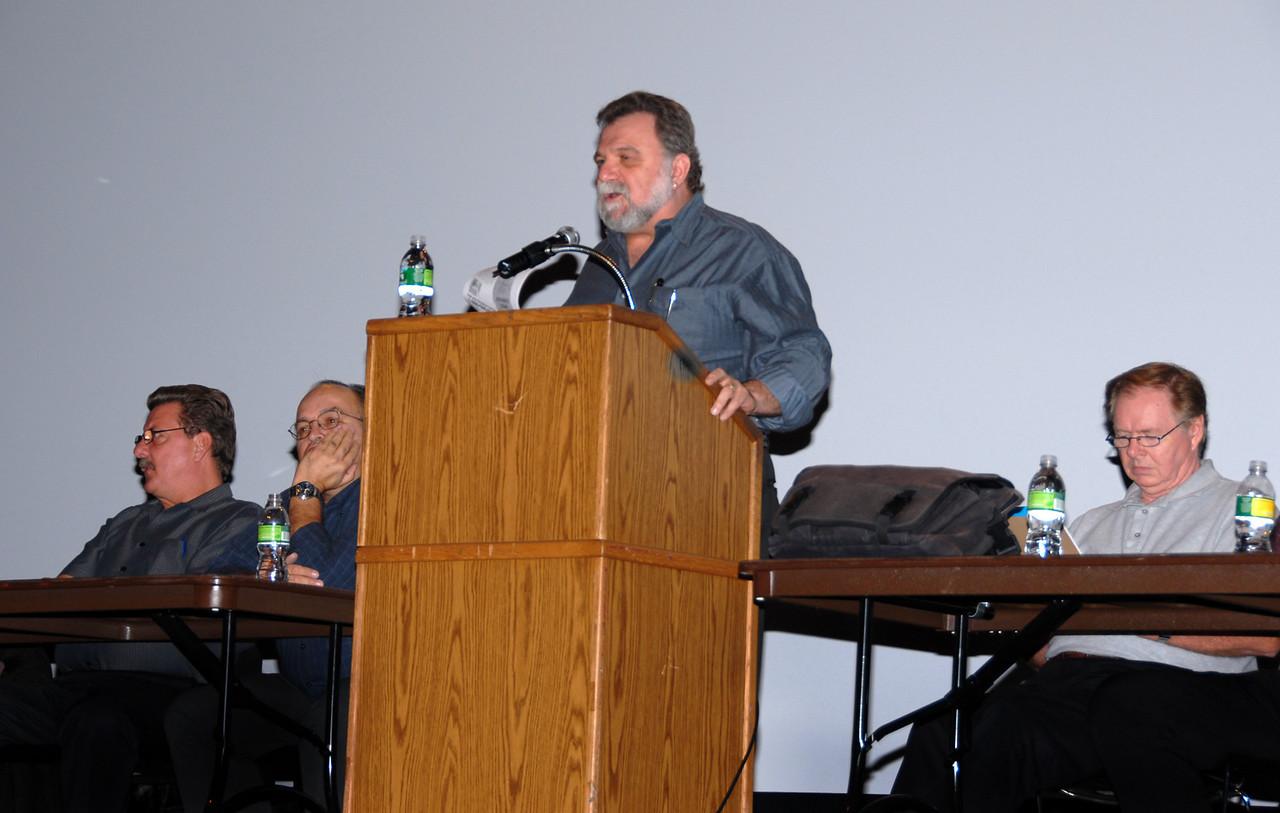 1101 Vice President Al Luzzi at the podium.