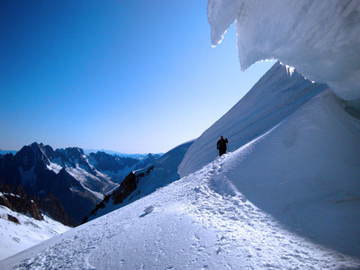 Coming over the shoulder of Mt Blanc du Tacul.