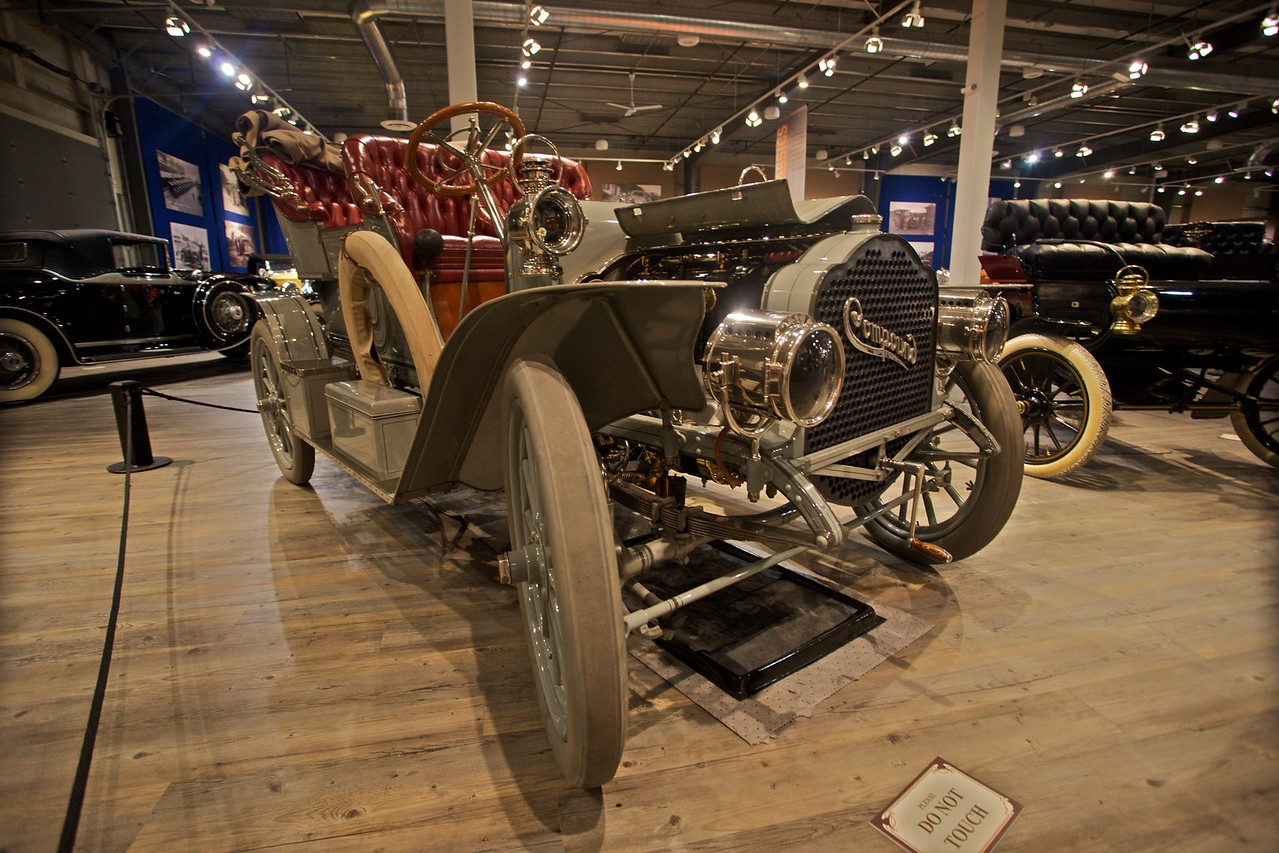 A 1906 Compound Model 7.5 Light Touring. (In the Fountainhead Antique Car and Auto Museum, Fairbanks.)