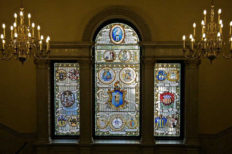 Various coats of arms as used by Massachusetts in its life as both colony (when the colonial governor's arms were used) and commonwealth (member-state of the federation of the United States). The motto adopted at the time of the revolution remains to this day: 'Ensi petit placidam sub libertate quietem', and particular attention to it was drawn by the girl showing my group around the State House. I bit my tongue hard when she put translated the verb with a first-person plural. (Translation as negotiation, and all that.)