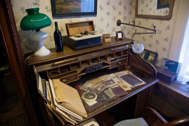 The owner's desk in the William Heath Davis house.