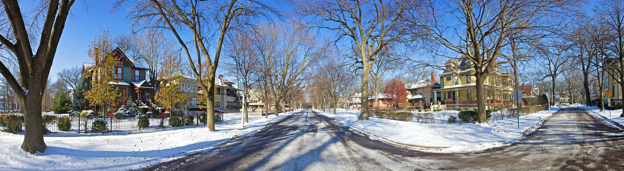 The streets of Oak Park in the snow. (Seven-photo stitch.)