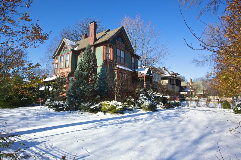 Another house in Oak Park.